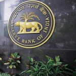 RBI bars HDFC Bank from issuing new credit cards, halts digital launches